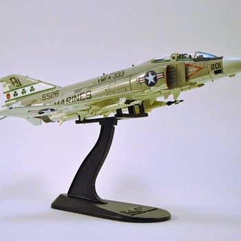 "Die-Cast ""Trip-Trey"" F4-J VMFA-333 - Military and Wartime"
