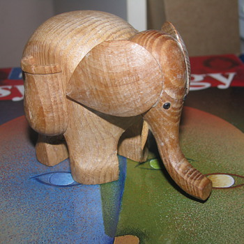 Elephant toothpick holder - Animals