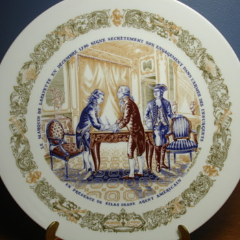 LIMOGES COMM PLATE. Its all in french! and I dont know if this is an important piece...PLEASE HELP - Art Pottery