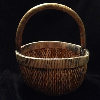 Primitive Gathering Basket