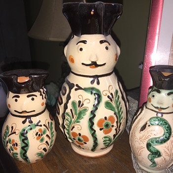 Hungarian soldier pottery pitchers