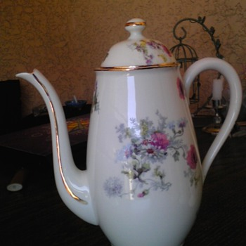 B & H limoges france teapot - China and Dinnerware