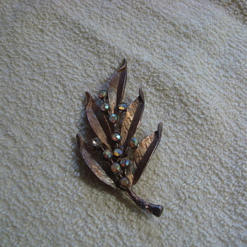 Copper brooch - Costume Jewelry