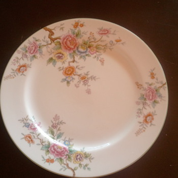 Noritake N1395 - China and Dinnerware