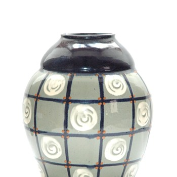 art deco vase with geometrical pattern by LEON ELCHINGER