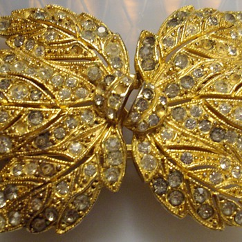 Huge Coro Duette. - Costume Jewelry