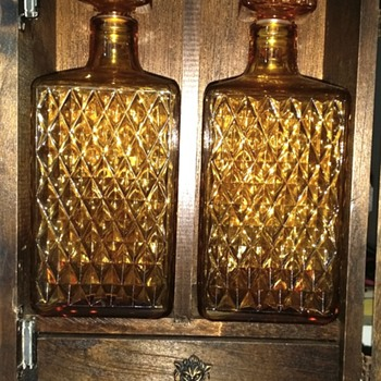 Decanter wooden box set - Bottles