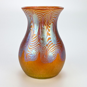 Loetz  Phenomen Genre 3/430, circa 1903 - Art Glass
