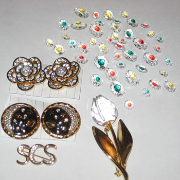 Swavorsky Crystal Pieces - Costume Jewelry