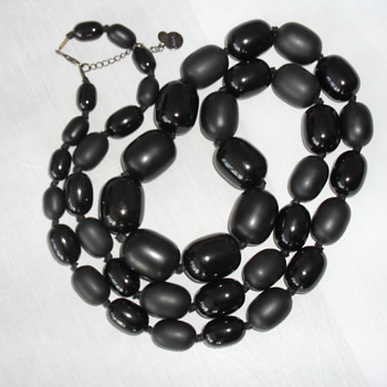 FURLA beads necklace - Costume Jewelry