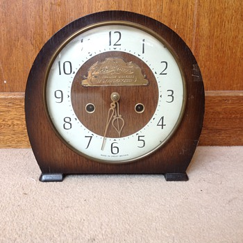 Vintage 1964 British Smiths mantle clock. - Clocks