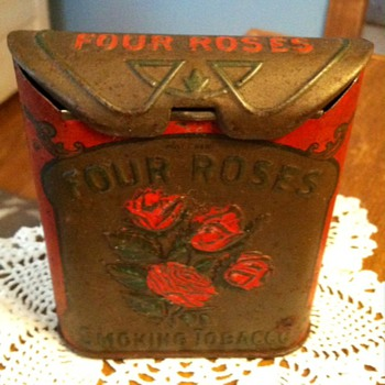 Four Roses Smoking Tobacco - Tobacciana