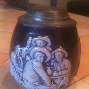 cobalt blue and white german Stein 1919 - Breweriana
