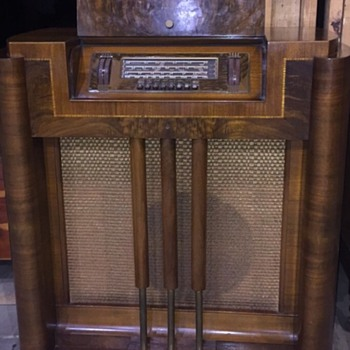 1941 Philco console tube radio 41-315