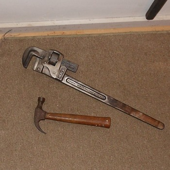 "Vintage Trimo 24"" Monkey Wrench/Pipe Wrench - Tools and Hardware"