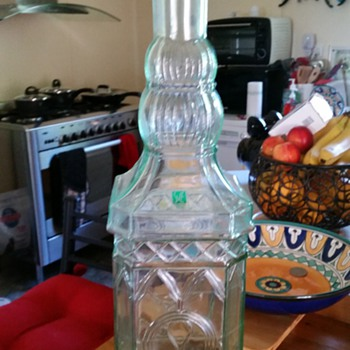 Large Whiskey decanter