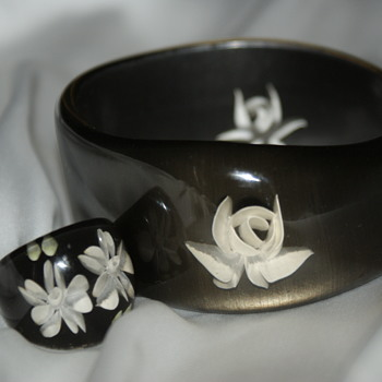 Reverse Carved Plastic Bangle and Ring - Costume Jewelry