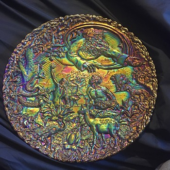 "Fenton Carnival Glass plate ""Garden of Eden"""