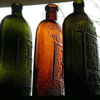 Frankfurt, A/M Warner&#039;s Safe Cure&#039;s - Bottles