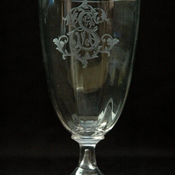 early emile galle  wine glass with englaved monogramm circa 1880 - Art Nouveau