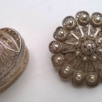 Filigree 925 Leaf Keepsake Box & Zeeuwse Knopjes Silver Brooch From Geri's Stash