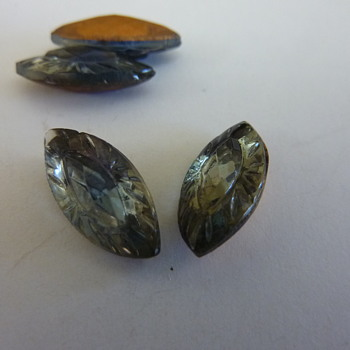 Stone with raised hump? - Costume Jewelry