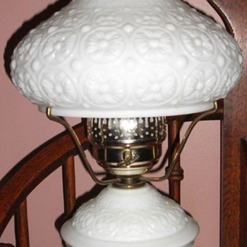 Milk Glass table lamp