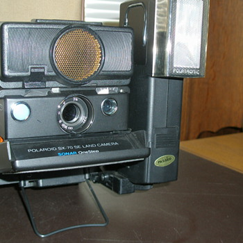 Polaroid SX-70 SE Land Camera With Flash Attachment
