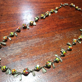 Spotty glass bead necklace