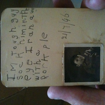 A funny Old autograph book - Paper
