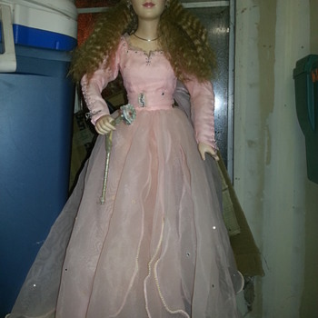 Glenda the Good Witch Wizard of Oz - Dolls