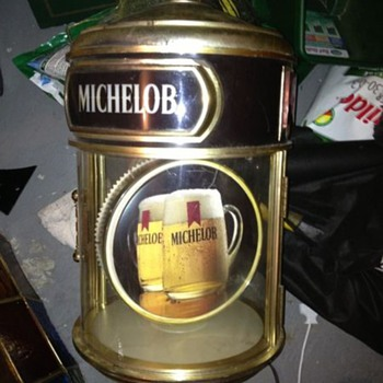 VINTAGE MICHELOB BEER LIGHTS AND ADVERTISING SIGNS