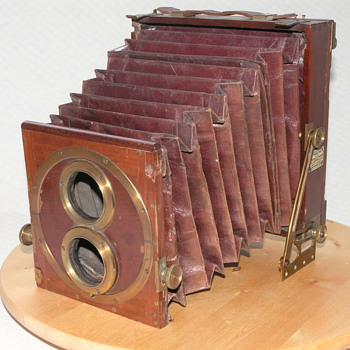 "Thornton-Pickard, ""Thornton's Patent Tourist Camera"", 1887-1890. - Cameras"