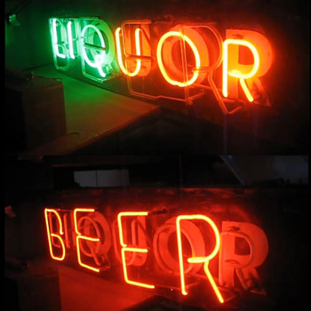 Vintage 1940's Neon Flashing BEER / LIQUOR sign
