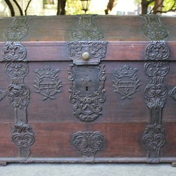 RARE 18th Century Sea Captains Chest * Dated 1762 - Furniture