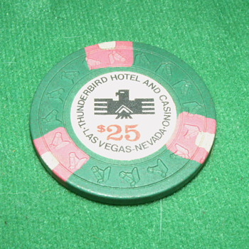 Vintage/Antique Thunderbird Hotel & Casino $25 Poker Chip - Games