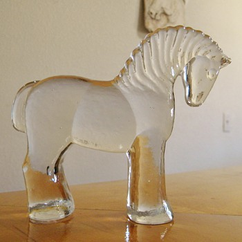 Kosta Boda Erik Hoglund Glass Carved Horse Figurine Paperweight?  :)))  - Art Glass