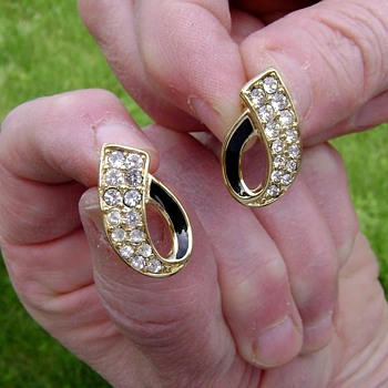 Crown Trifari Enamel and Rhinestone Earrings - Costume Jewelry