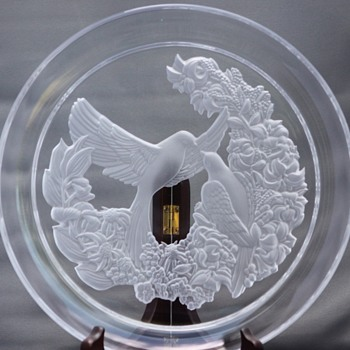 Engraved glass large plate