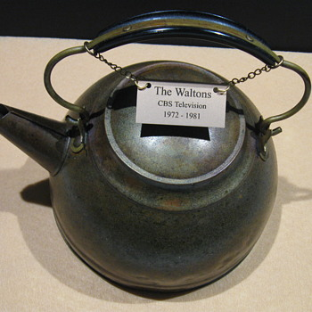 'The Waltons' . . . Screen-Used Copper Kettle - Kitchen