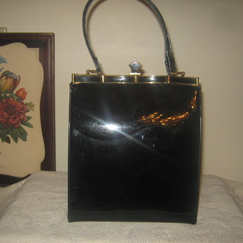 OMG !  Lewis Black Patent Leather Handbag !  1940's-1950s