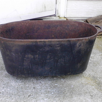 "Primitive Rendering Cast Iron Pot Large 18# 23"" x 10"" x 10"" - Kitchen"
