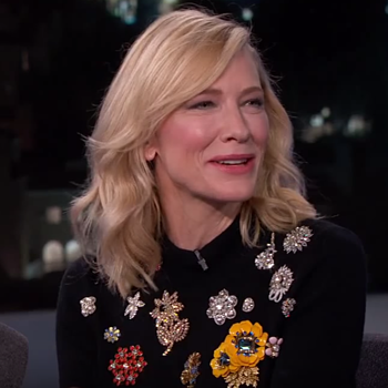 Cate Blanchett on Jimmy Kimmel 10.05.15 - Check out her fabulous brooch sweater!