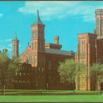 1976 - Smithsonian Institution Postcard
