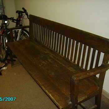 Looking for more information on this bench - Furniture