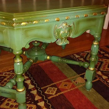 green table 8 sides. occasional table?