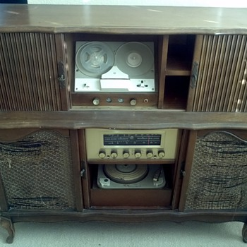 Phonograph/tuner/reel to reel Cabinet 1950&#039;s/60&#039;s