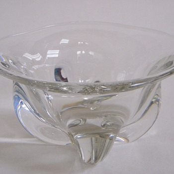 Scandinavian Glass Bowl? Lush shape, polished bottom
