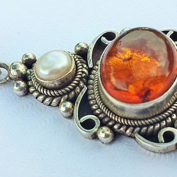 Amber & Sterling Silver Pendant