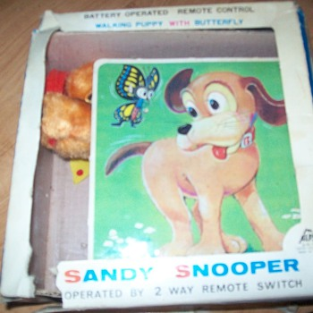 Sandy Snooper Puppy - Toys